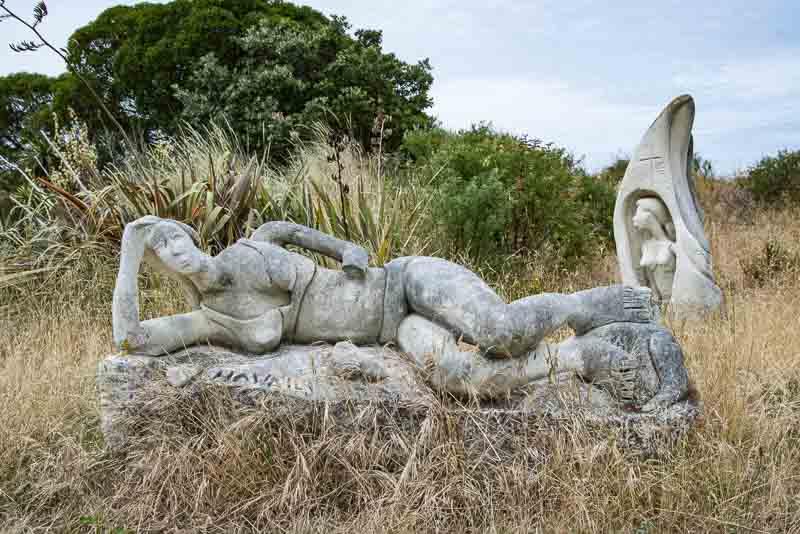 Skulpturen in den Dünen von New Brighton Neuseeland