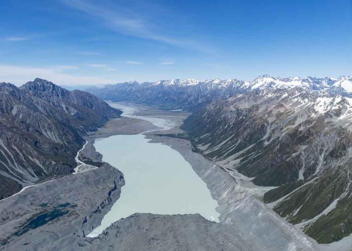 Flug über die Gletscherlandschaft am Mount Cook Neuseeland
