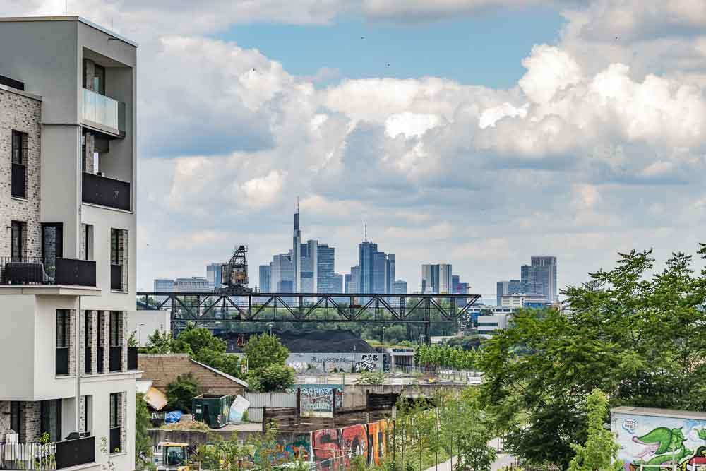 Blick auf Frankfurt vom blauen Kran