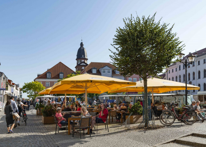 Neuer Markt in Waren Müritz