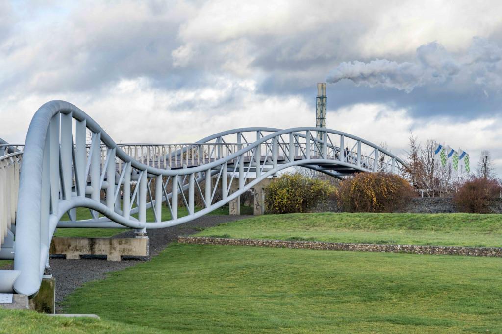 Neuland-Brücke