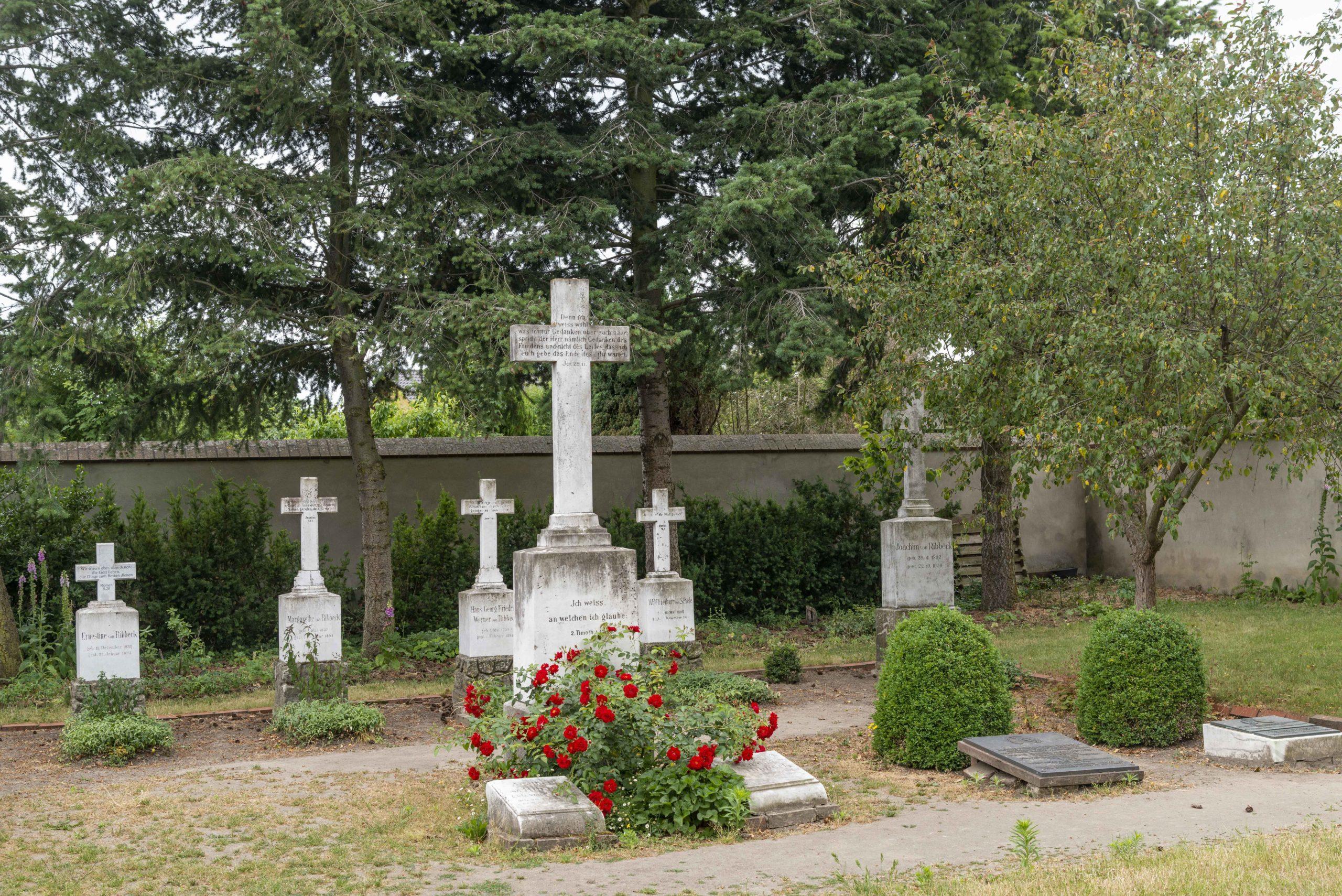 Familienfriedhof derer zu Ribbeck