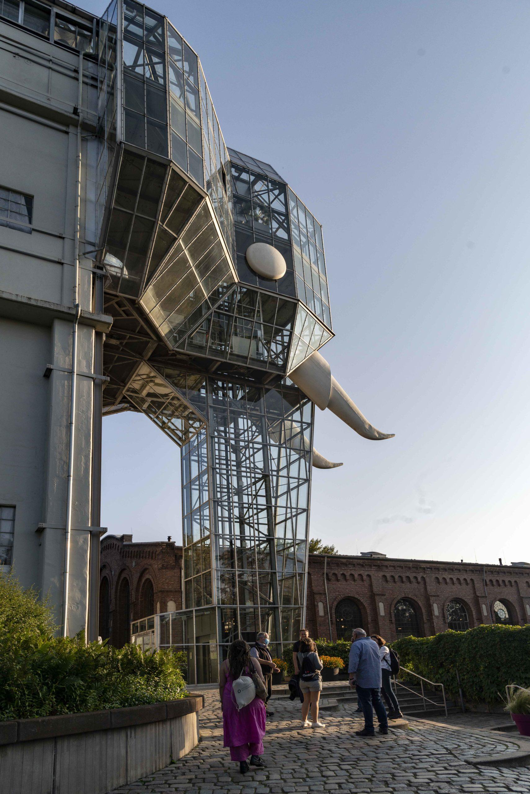Glaselefant